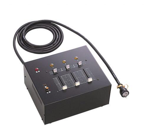 3回路調光器
